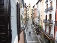 Piso en Alquiler en Pamplona (Curia)